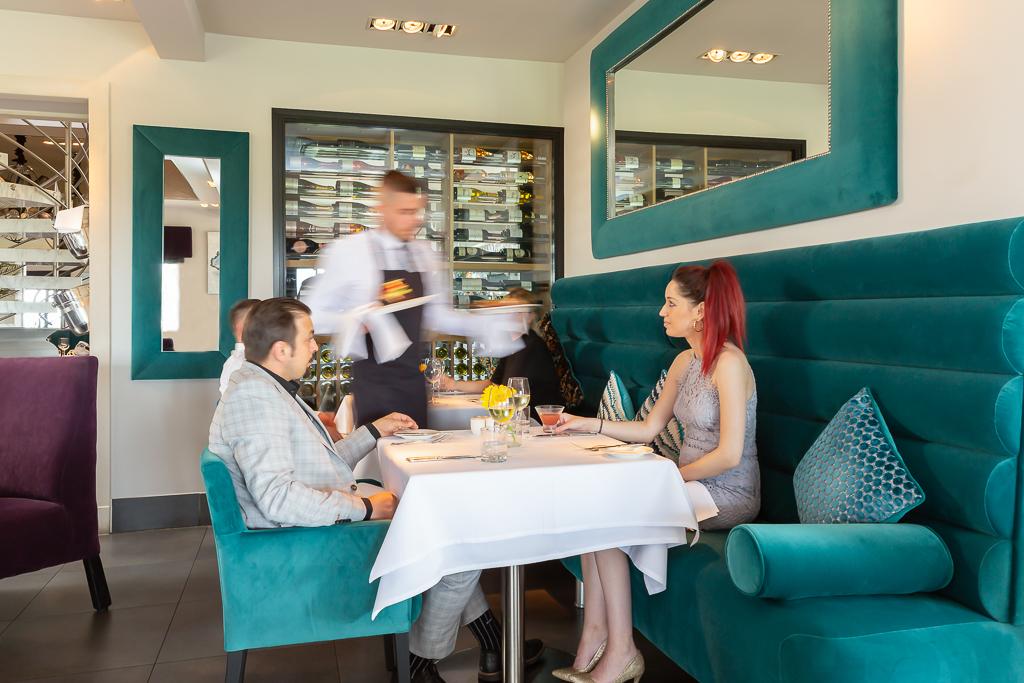 Alecs-Restaurant-13
