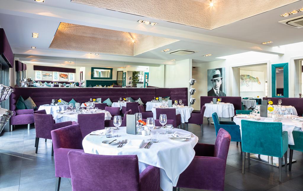 Alecs-Restaurant-4