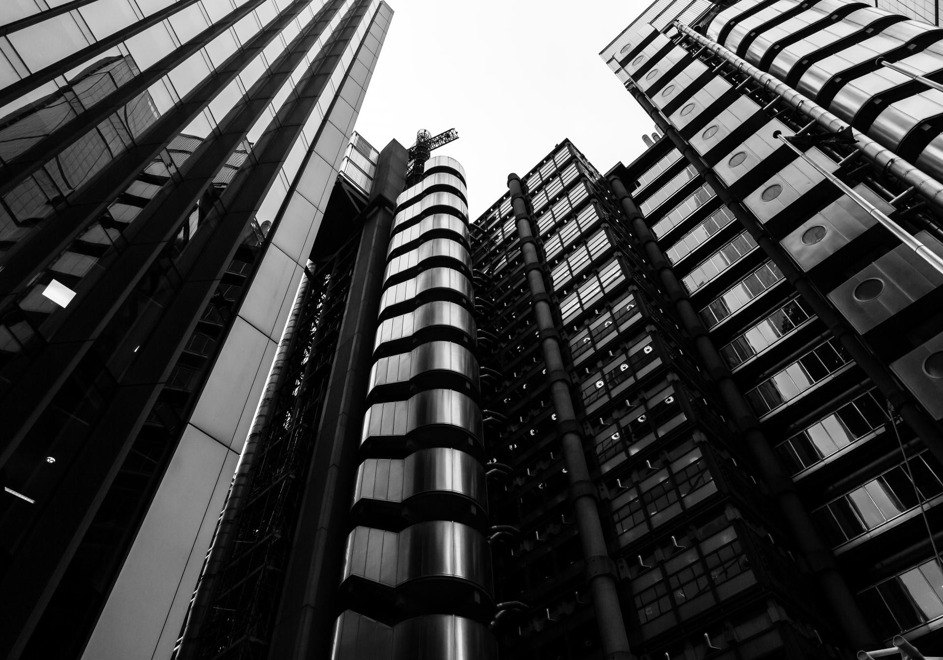 Lloyds Building looking upwards in black and white,Liane Ryan London Interior/Architectural Photographer